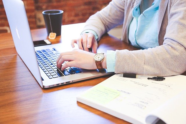 Duties-and-Responsibilities-of-an-administrative-assistant
